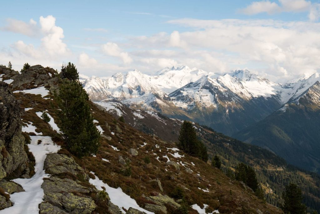 Snowy mountains from the top of Karspitze