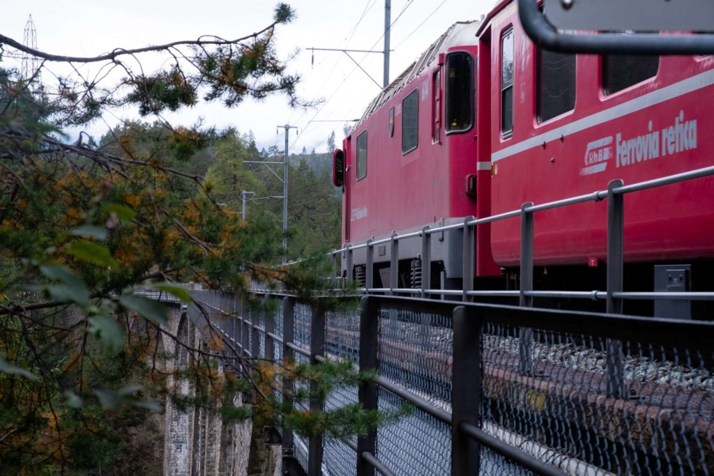 A train passing over the Wiesenerviadukt on the Glacier Express