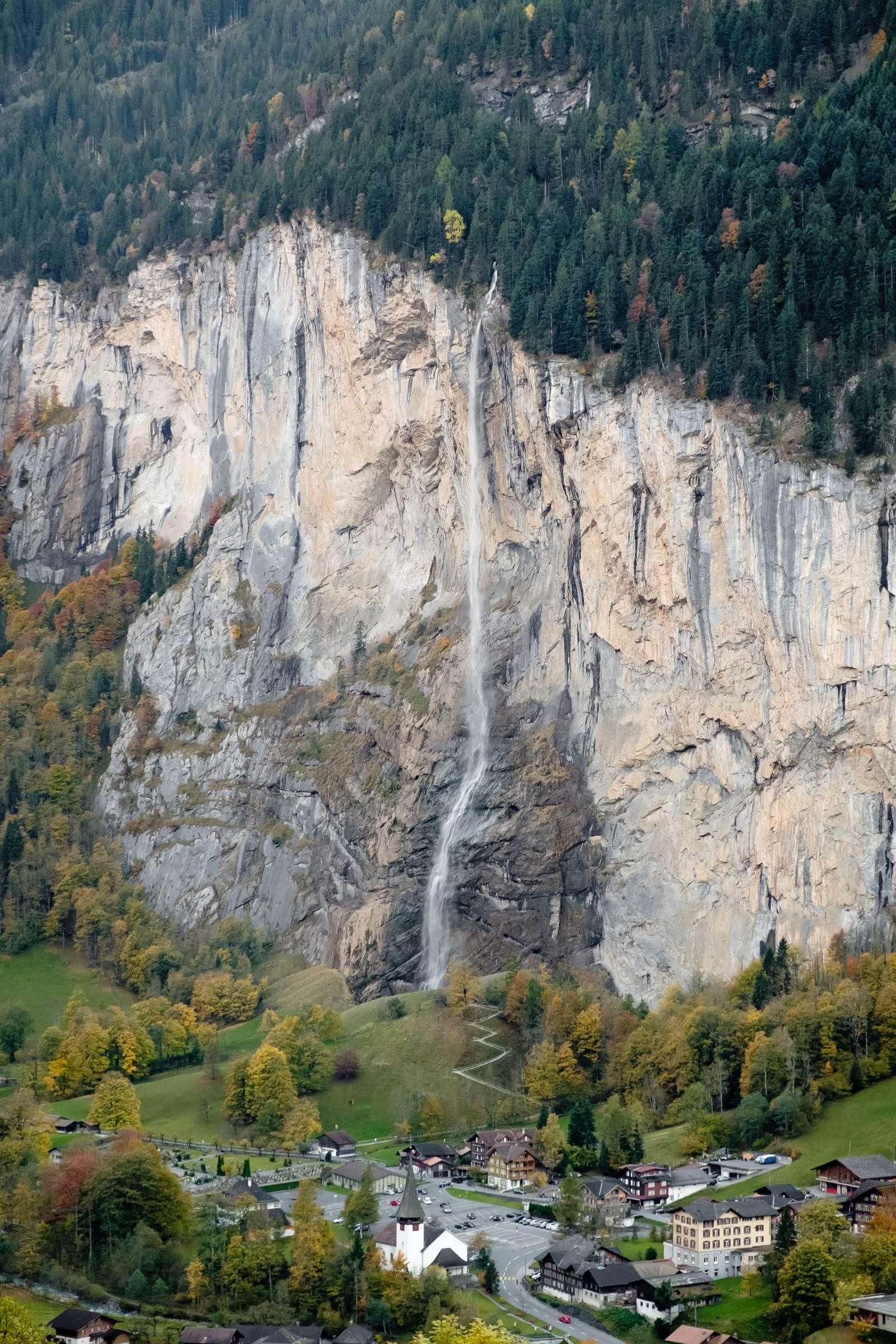 Staubbach waterfall over Lauterbrunnen
