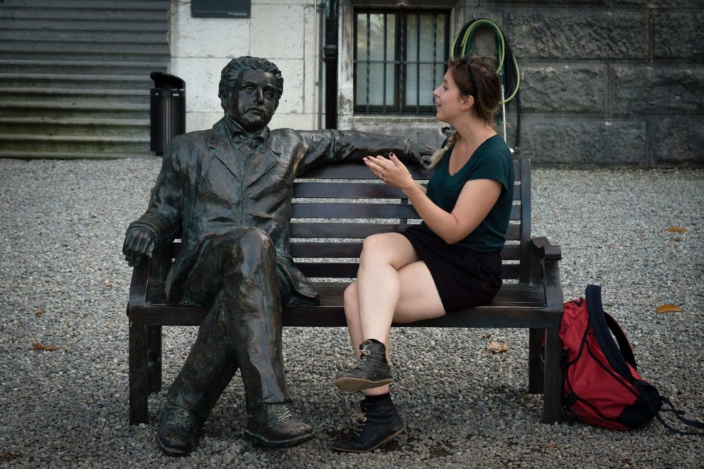 Caroline explaining quantum theory to Einstein