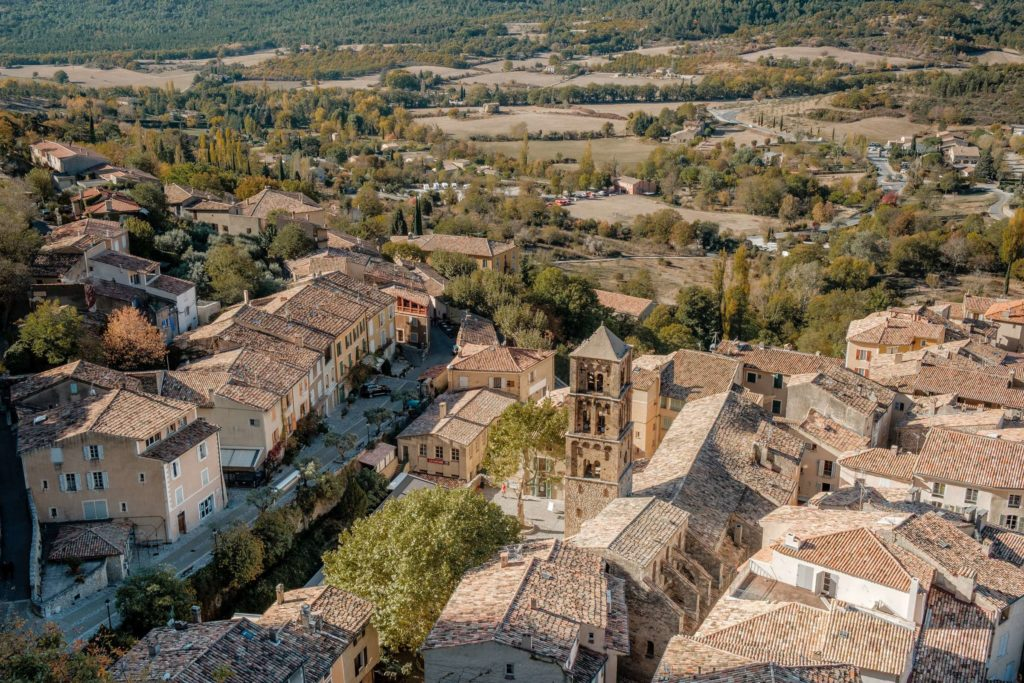 Moustiers-Sainte-Marie from above