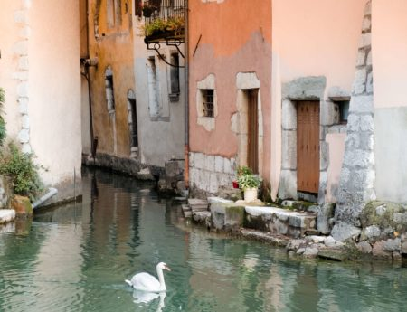 Annecy: lakes, bikes, canals and catastrophes