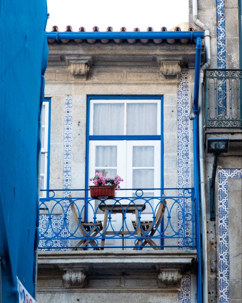 Cute balcony with pretty azujelos in Porto