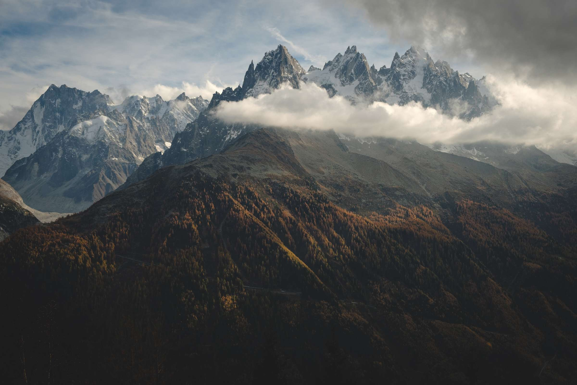 Mont Blanc illuminated by the afternoon light