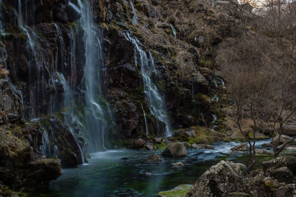 Dashbashi waterfalls from behind