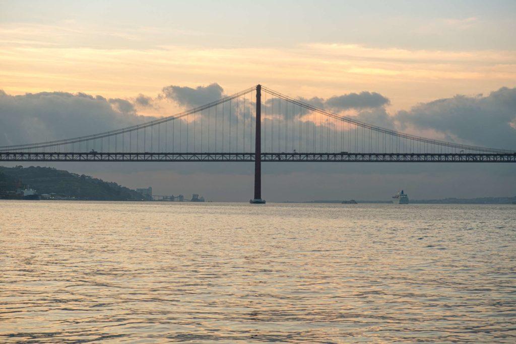 25th April bridge at sunset